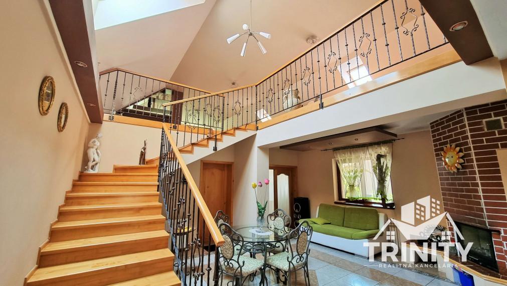 LUXUSNÝ dvojposchodový rodinný dom na predaj v Kráľová nad Váhom